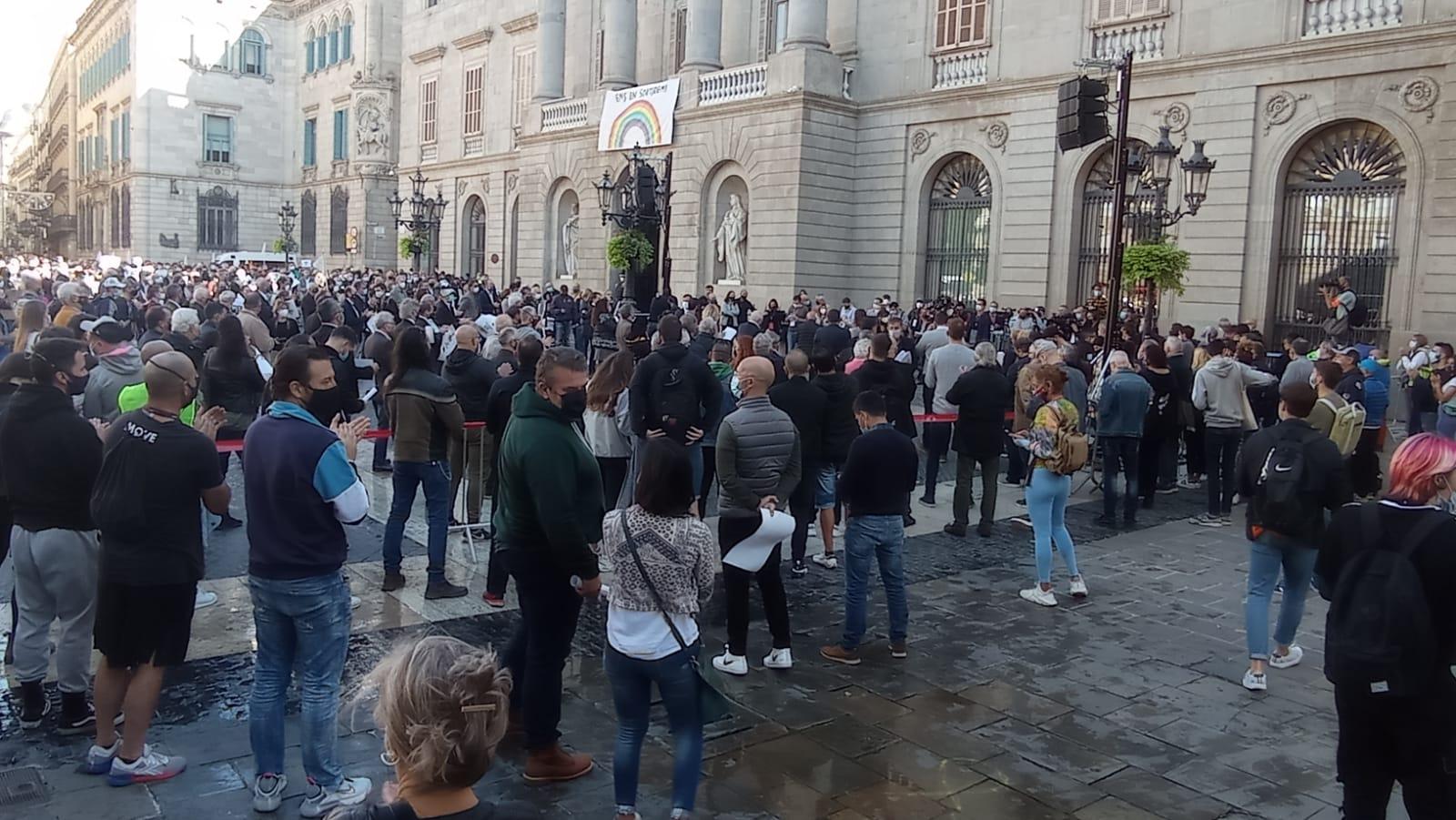 El sector esportiu convoca una concentració pel pròxim dimecres 11 de novembre a les 13 h a la Plaça Sant Jaume de Barcelona