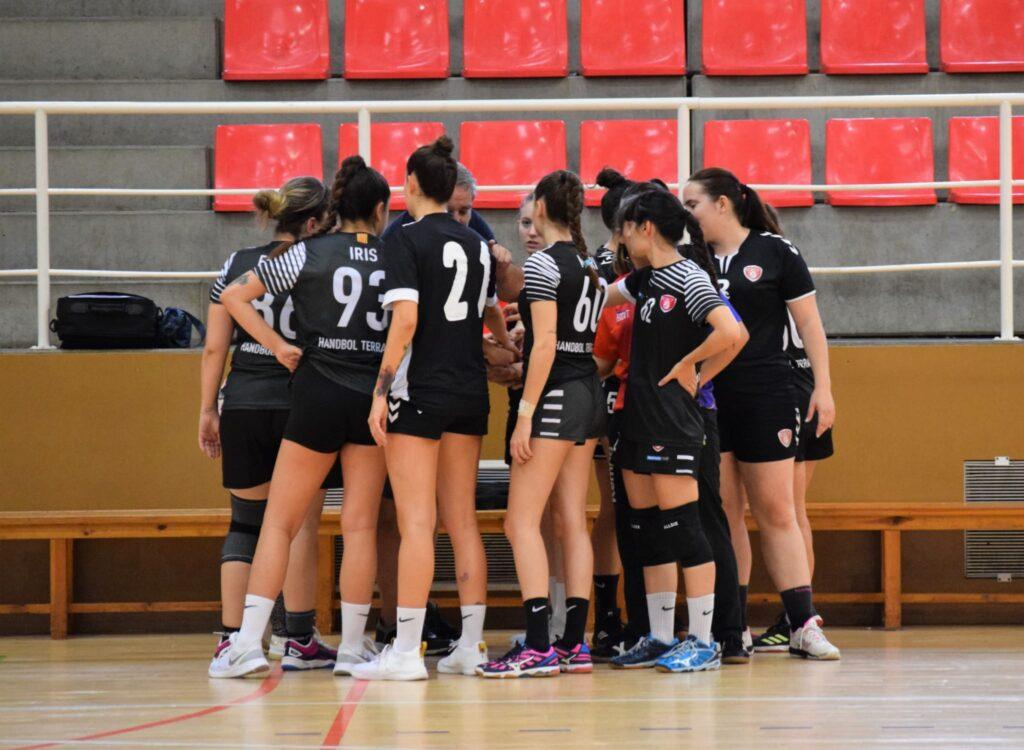 Sènior Femení Negre 32 VS C.H. La Salle Moncada 19
